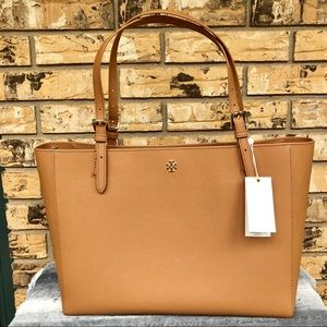 NWT | TORY BURCH | Emerson Buckle Large Tan Tote